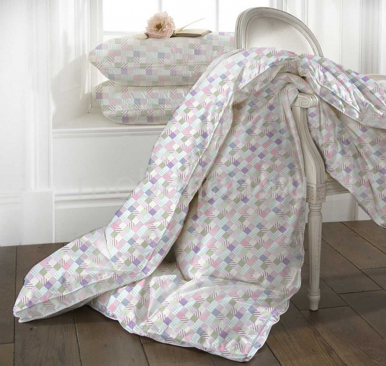 Одеяло полутораспальное Rosa