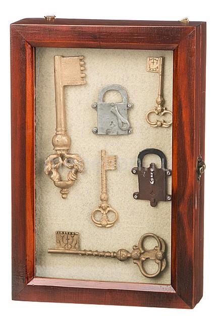 Ключница (20х30 см) Ключи 271-079  техника лоскутного шитья пуфики