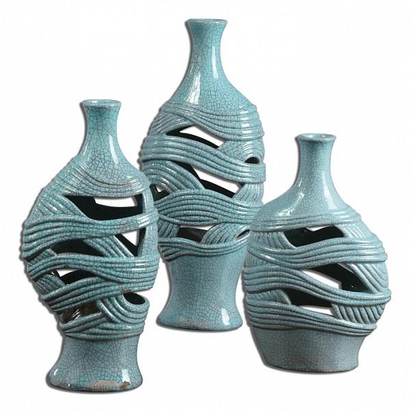 Ваза настольная UttermostНабор из 3 ваз настольных Glesig 19692Артикул - ANK_19692,Бренд - Uttermost (США),Серия - Glesig,Ширина, мм - 180,Высота, мм - 460,Выступ, мм - 130,Материал - керамика,Цвет - голубой,Тип поверхности - матовый,Количество предметов - 3,Дополнительные параметры - размеры ваз: 18х30х13 см, 18х38х13, и 18х46х13 см<br><br>Артикул: ANK_19692<br>Бренд: Uttermost (США)<br>Серия: Glesig<br>Ширина, мм: 180<br>Высота, мм: 460<br>Выступ, мм: 130<br>Материал: керамика<br>Цвет: голубой<br>Тип поверхности: матовый<br>Количество предметов: 3<br>Дополнительные параметры: размеры ваз: 18х30х13 см, 18х38х13, и 18х46х13 см