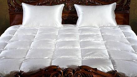 Одеяло плутораспальное Silvia