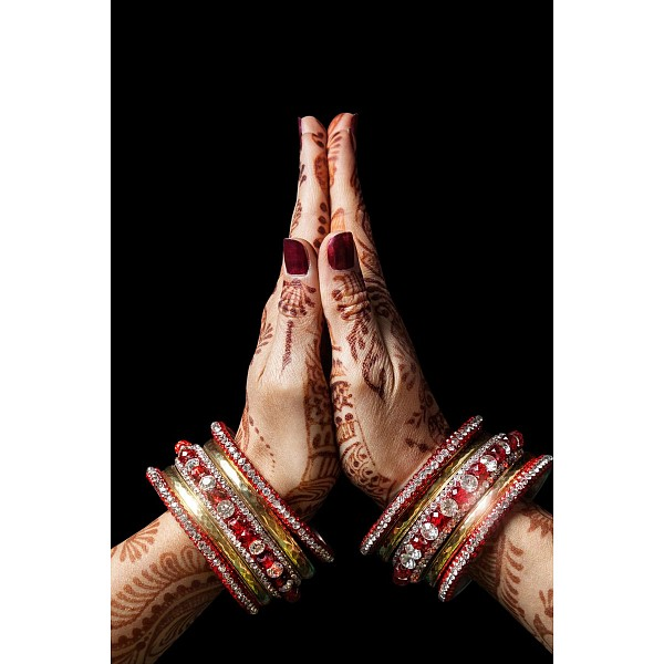 Картина (60х90 см) Индия руки HE-101-687 фото