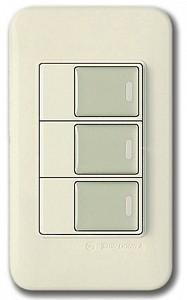 Выключатель трехклавишный 5452
