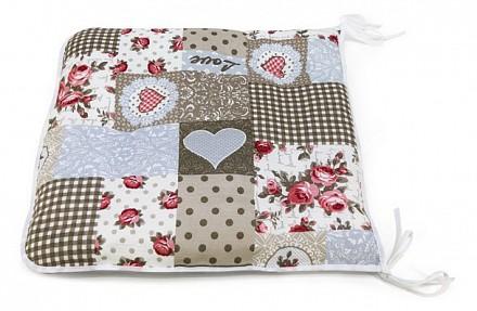 Подушка на стул (40x40 см) Love